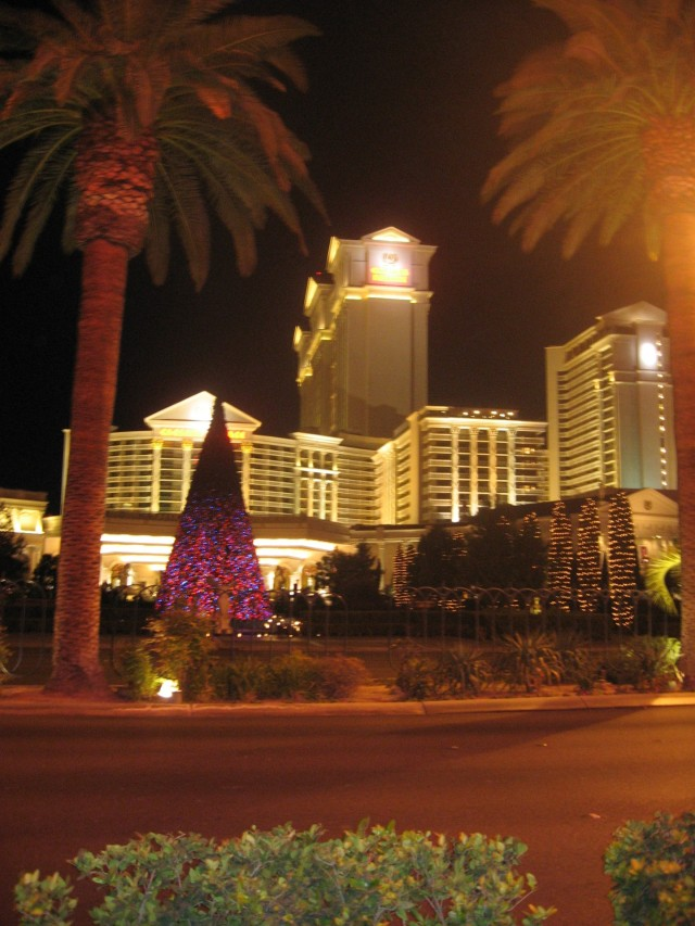 Christmas tree in front of Caesar's
